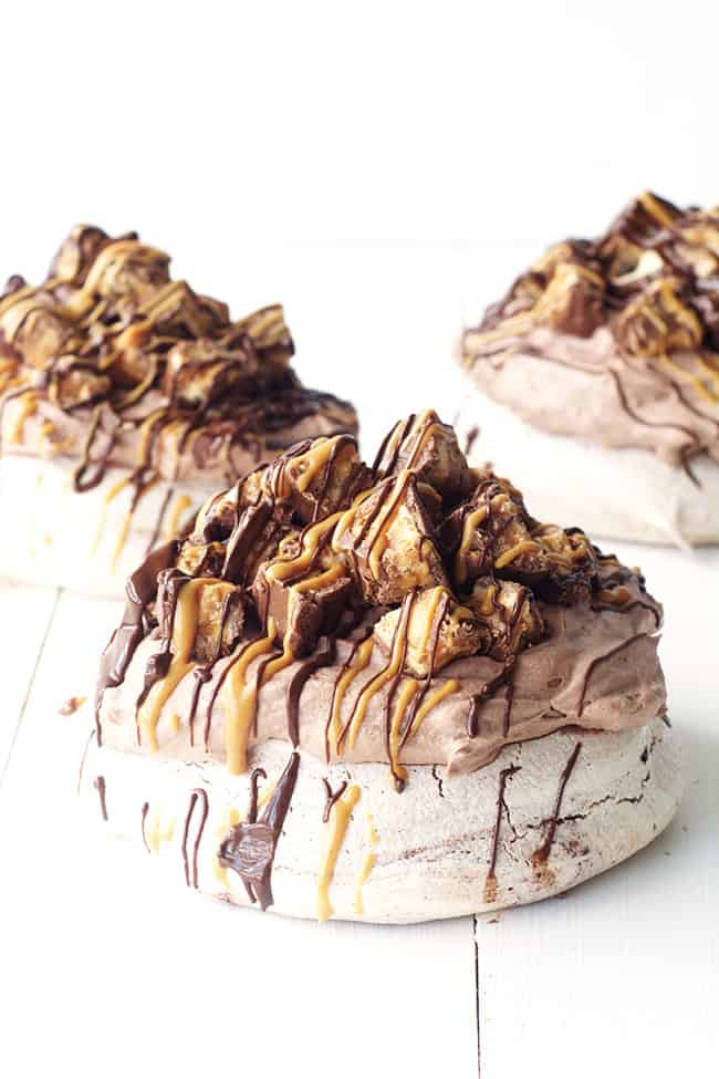 Snickers Chocolate Meringues