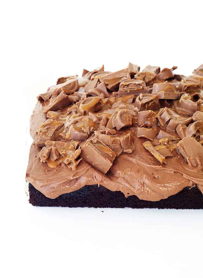 Chocolate Caramel Rolo Poke Cake Sweetest Menu