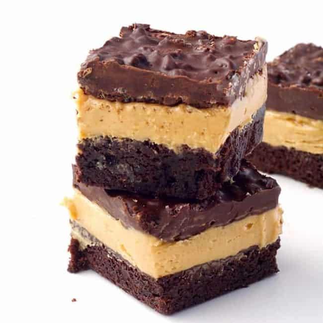 Peanut Butter Chocolate Brownie Crunch Bars | via sweetestmenu.com