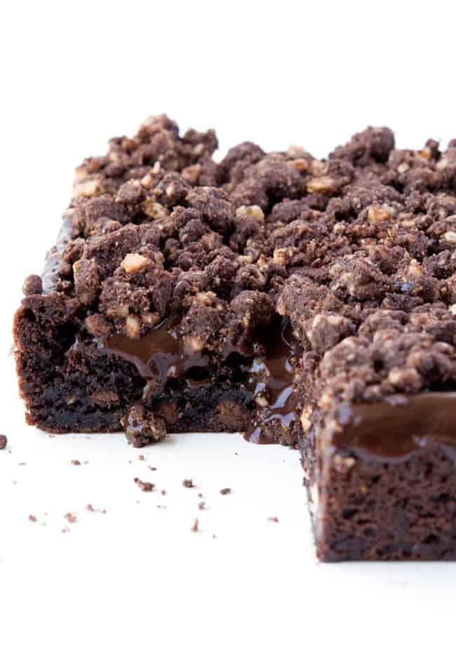 Hazelnut Chocolate Slice | via sweetestmenu.com