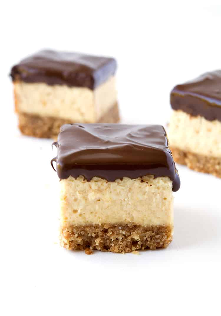 Chocolate Peanut Butter Cheesecake Bites | via sweetestmenu.com