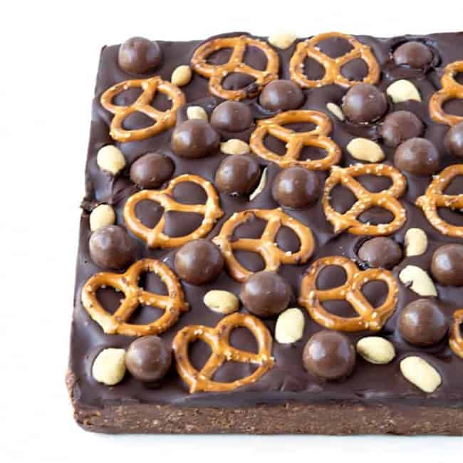 Sweet and Salty Chocolate Slice | via sweetestmenu.com
