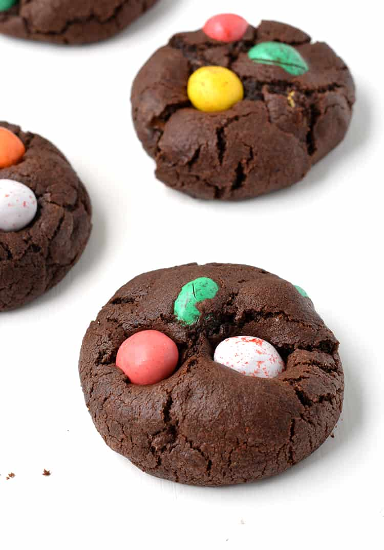 Easter Candy Eggs: Chocolate Easter Egg Cookies