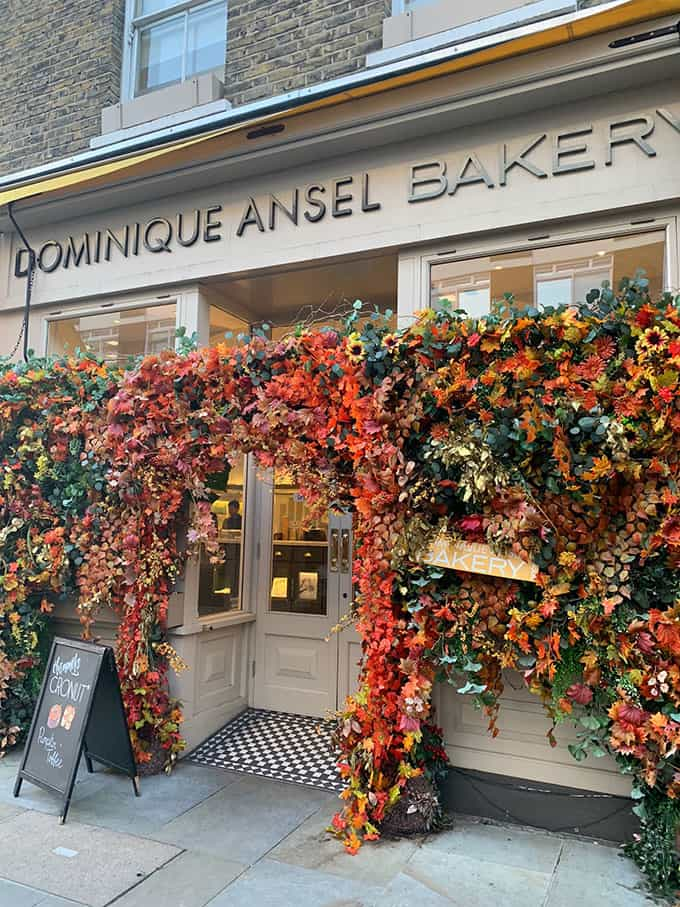 The outside of Dominique Ansel Bakery in London