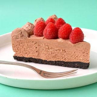 No Bake Raspberry Chocolate Cheesecake
