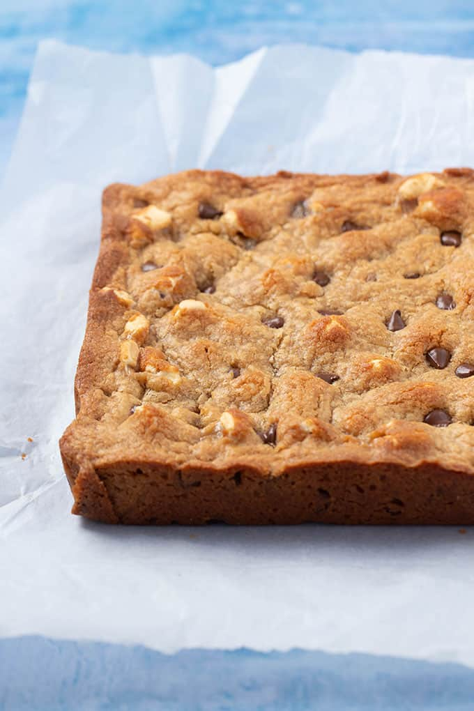 A fresh out of the oven batch of Peanut Butter Blondies